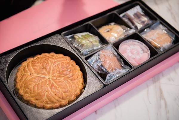 【喜餅試吃】天鵝脖子街好吃的手工喜餅品項有哪些?台北、台中兩間門市我都寫進來囉!