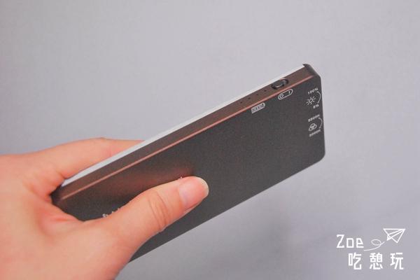 攝影/只有iphone大小的超強iwata 補光燈,還能變換色溫跟調整亮度