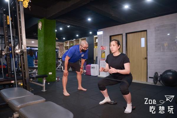 婚禮籌備 / 找一對一私人教練健身練出好體態!SuperFIT 極度塑身私人教練會館,目標:穿上絕美婚紗走紅毯