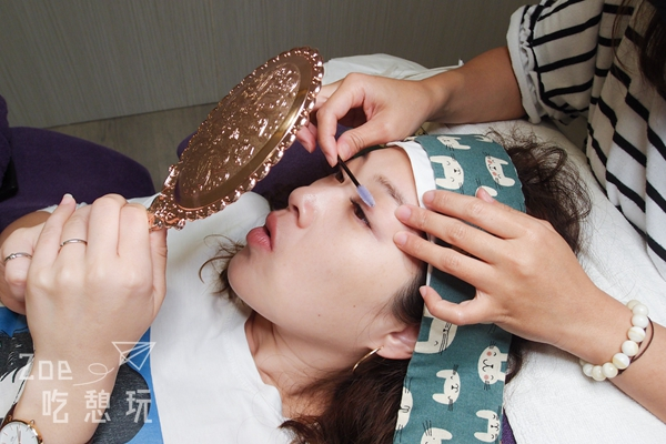 愛美日記/接睫毛之後該怎麼保養?我的美睫師「內湖艾梵蒂美睫」教我這麼做維持3個禮拜不是問題!