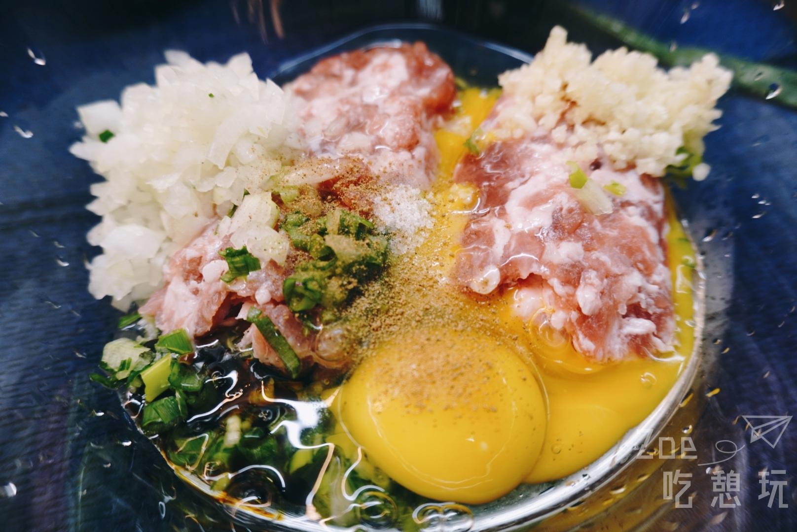 宅在家做料理系列-日式宵夜高麗菜捲!一道菜可以做兩種變化,雖然費工但很有成就感